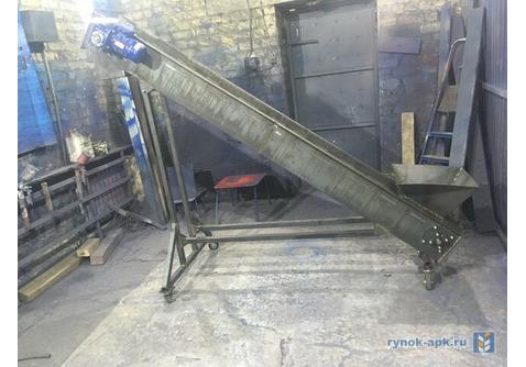 Ленточно скребковый транспортер стол подачи на конвейер