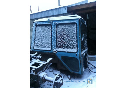 Продам кабину большую для трактора МТЗ: 1 250 $ - Запчасти.