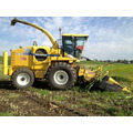 Кормоуборочный комбайн New Holland FX 30 2006 год.