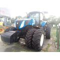 Трактор New Holland 8.390